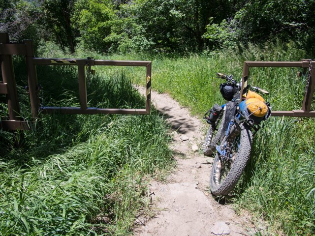 Dropping into Rock Canyon and the awful rocky trail.